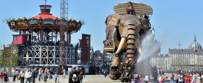 carrousel_elephant
